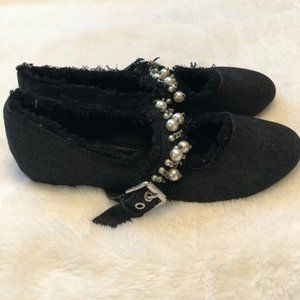 NWT Cape Robbin Distressed Pearl Ballet Flats